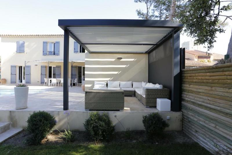 pergolas bioclimatiques biossun par espace r novation brian on. Black Bedroom Furniture Sets. Home Design Ideas